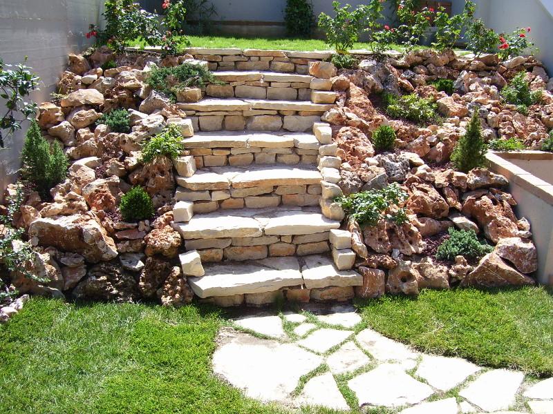 Muretti In Pietra Per Giardini.Muretti A Secco Greengardenpesaro It